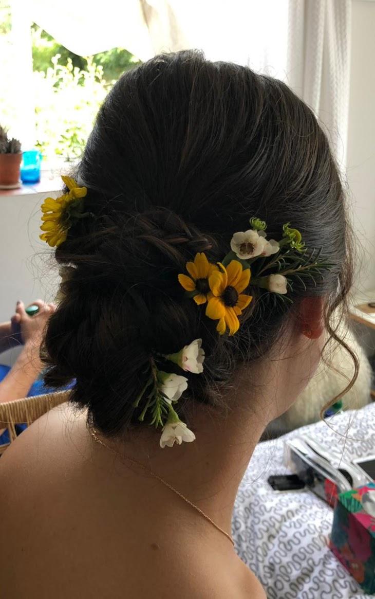 Fresh Flower Hair Decoration