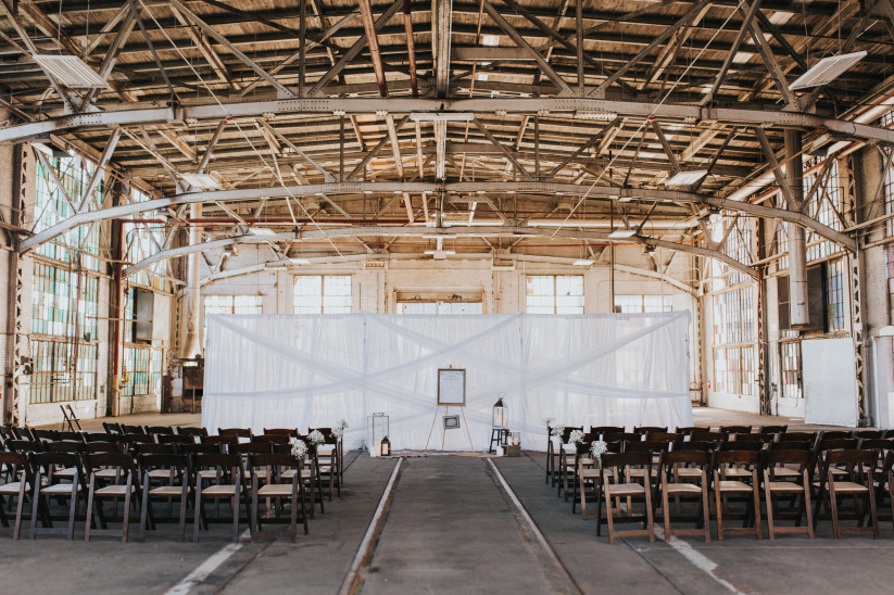 t30_industrial-chic-venue-alicia-lucia-photography.jpg
