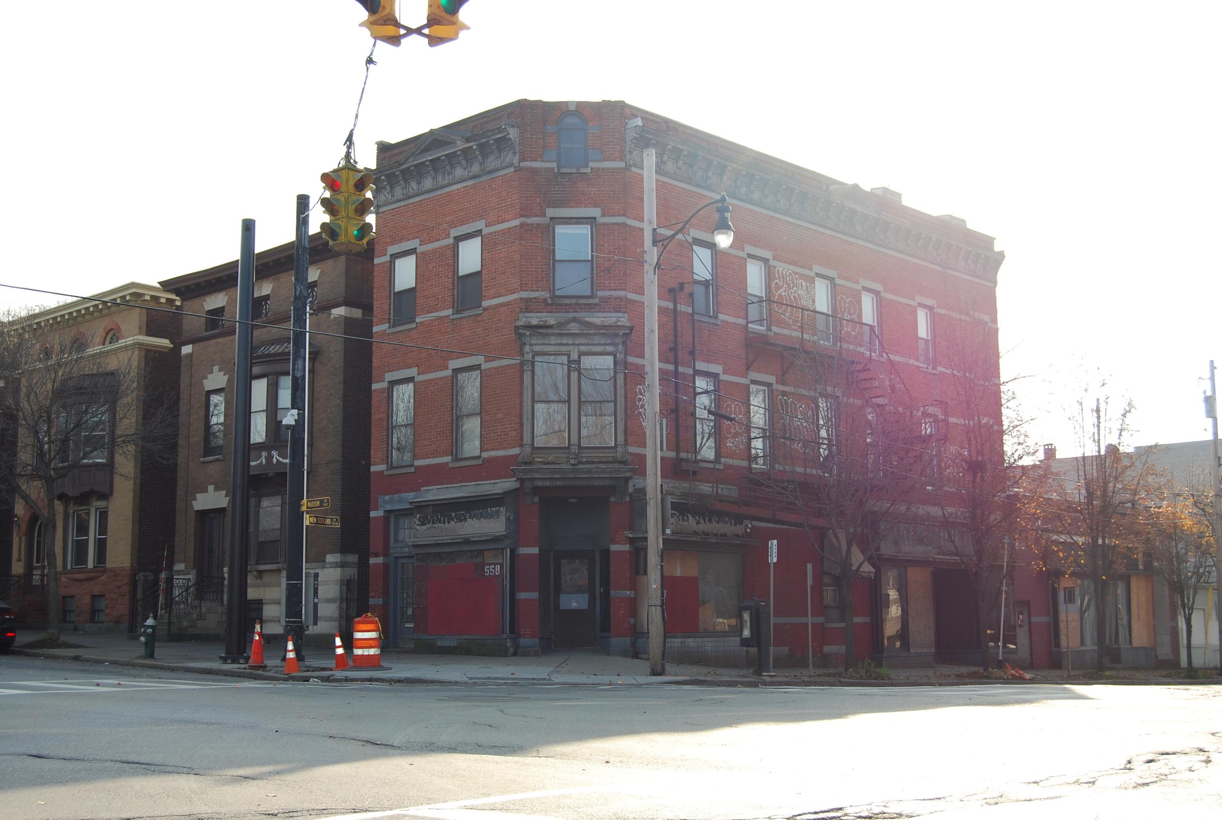 558 Madison Avenue