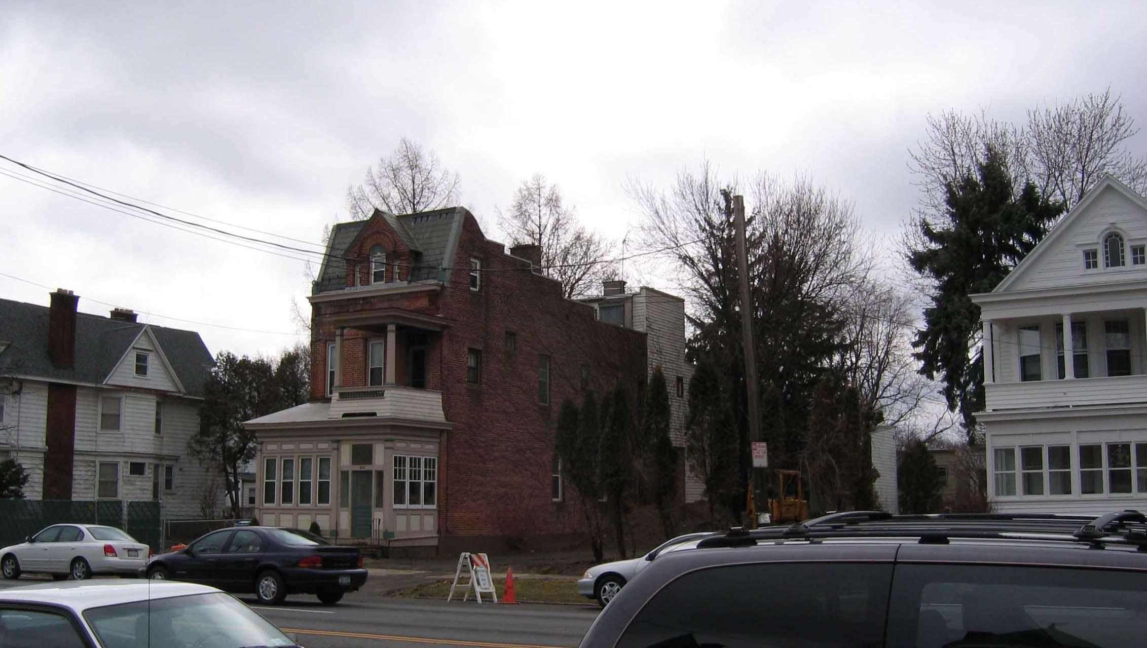 920 Madison Ave.JPG