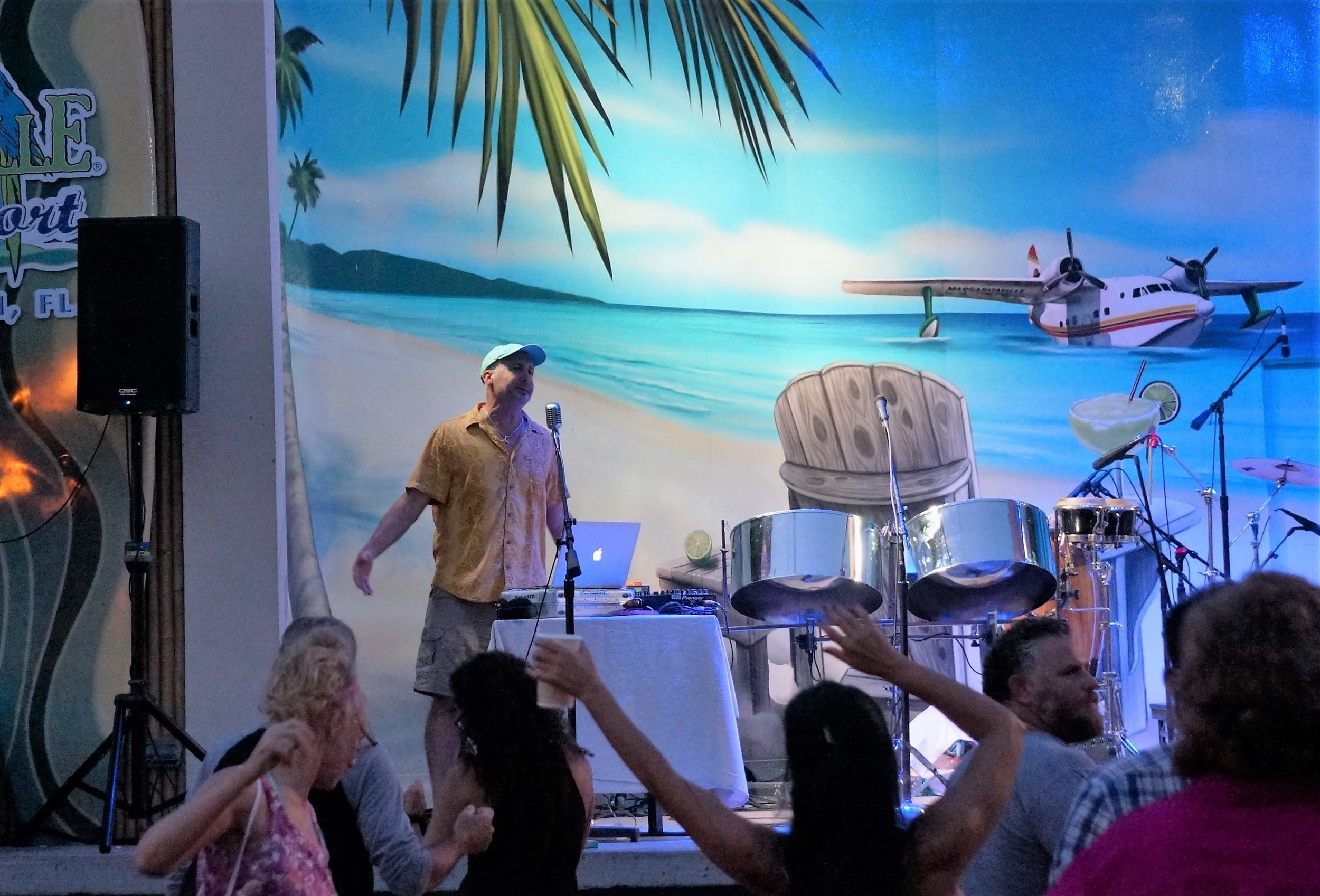 JD partying with Parrotheads at Margaritaville Hollywood Beach Resort