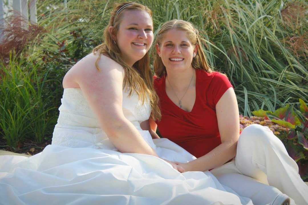 Samantha Brookover (left) and Amanda Abramovich.