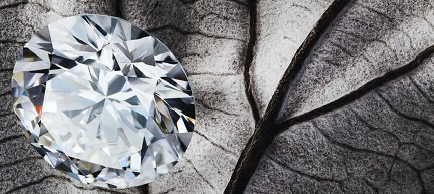 LAB CREATED DIAMONDS - Socially and environmentally conscious lab created diamonds
