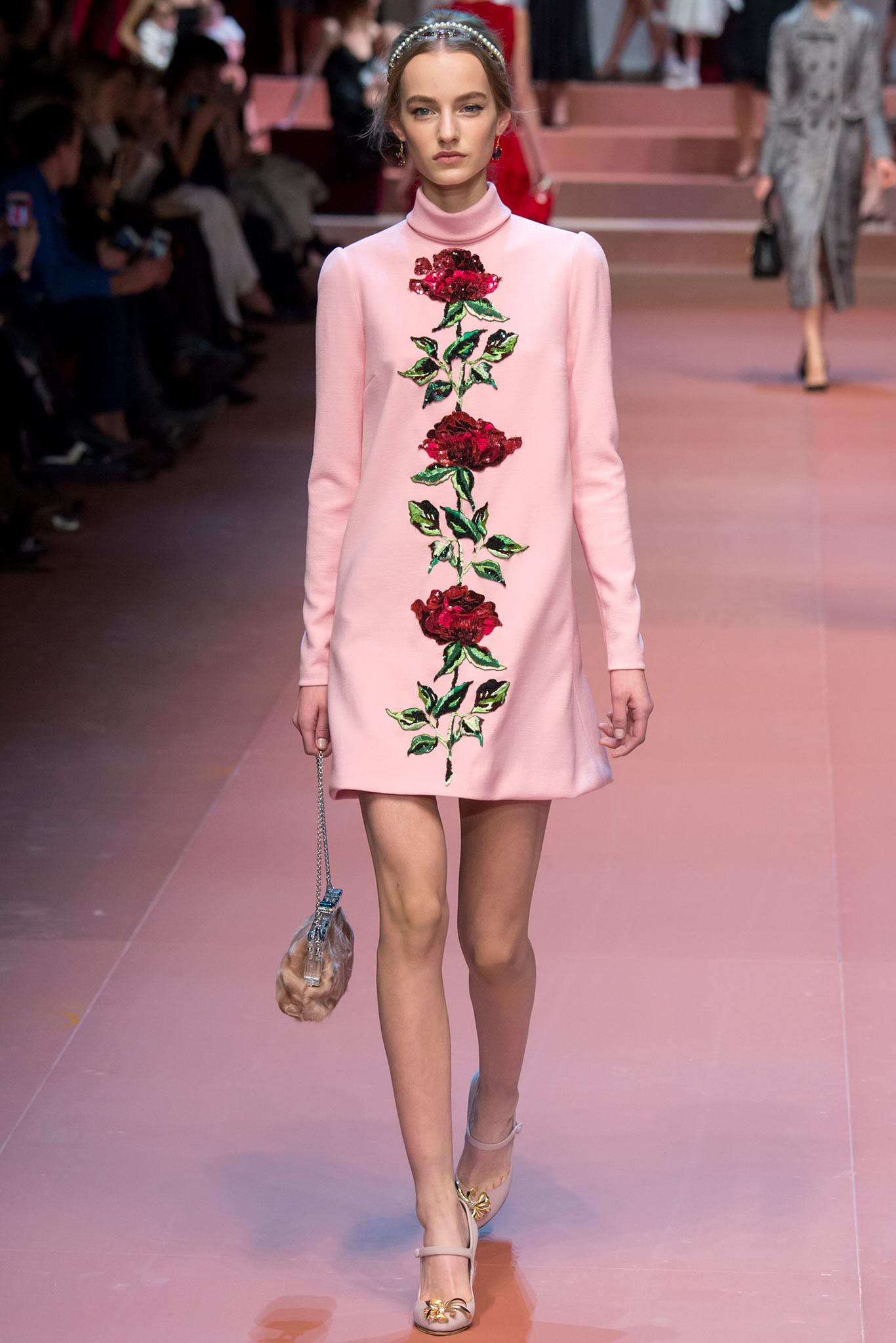 Dolce-Gabbana-23-fall15.jpg
