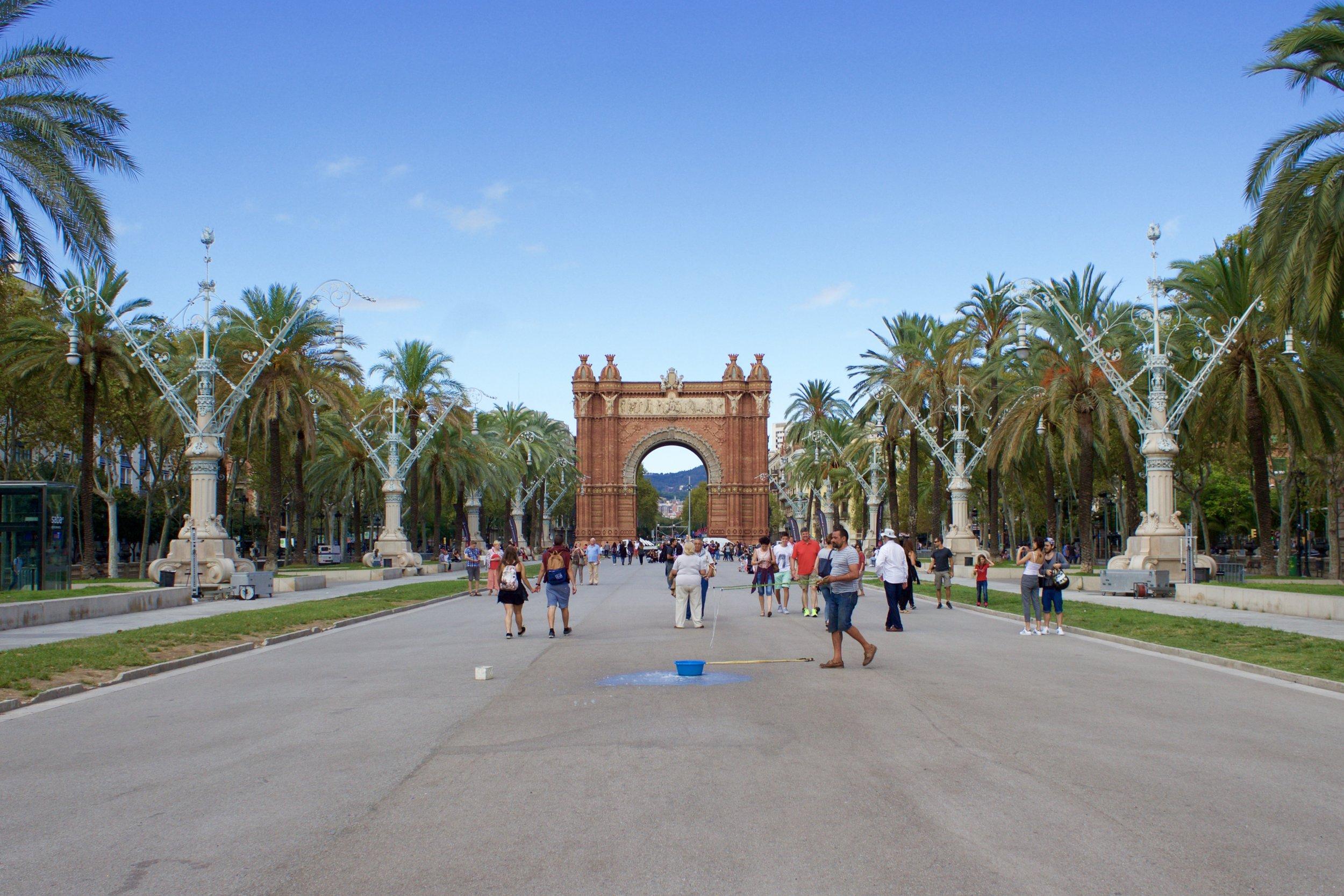Samantha McNeil Blog Barcelona Arc De Triomf