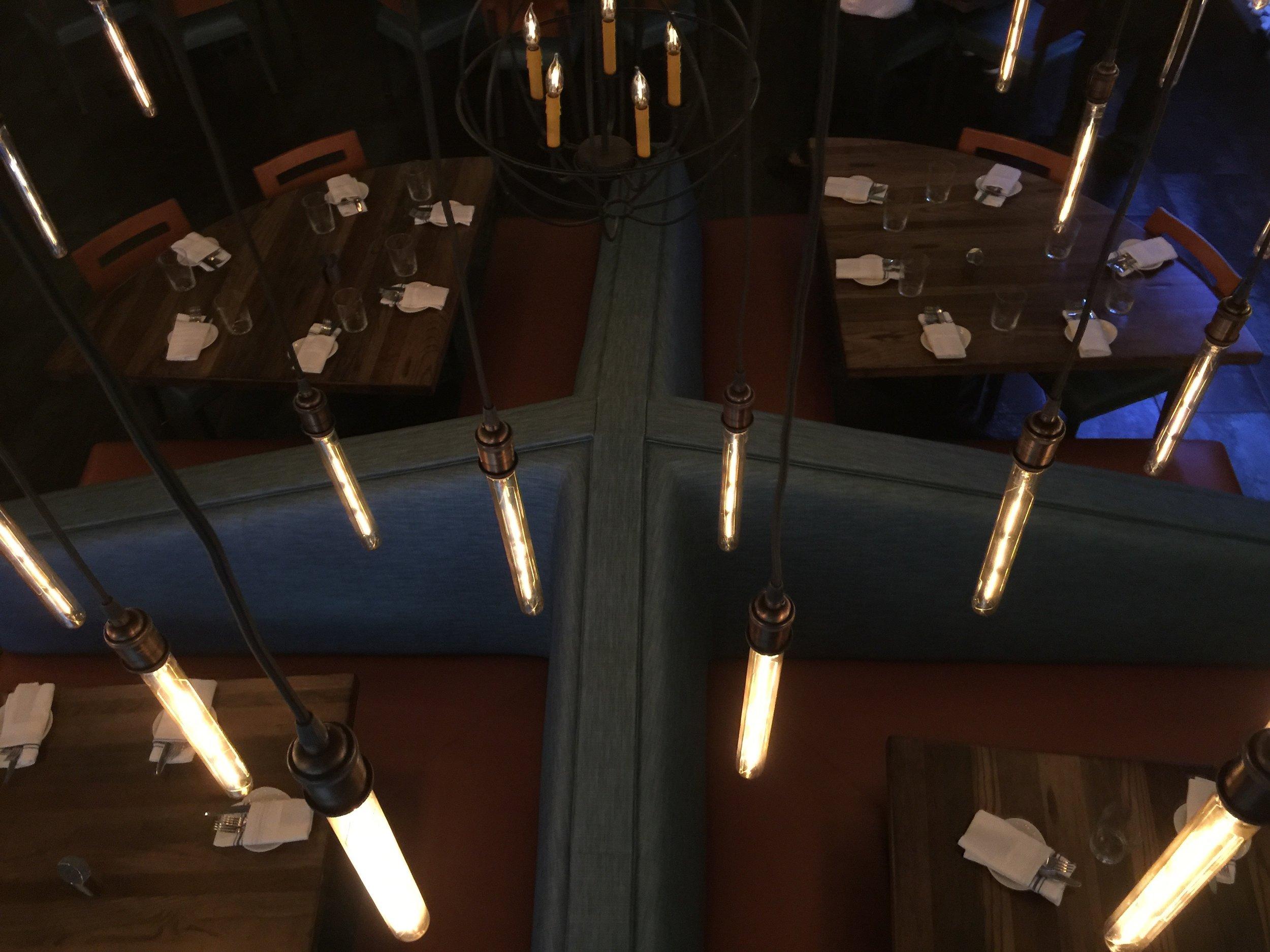 Raymond Haldeman's Pinwheel Banquette Design ®™