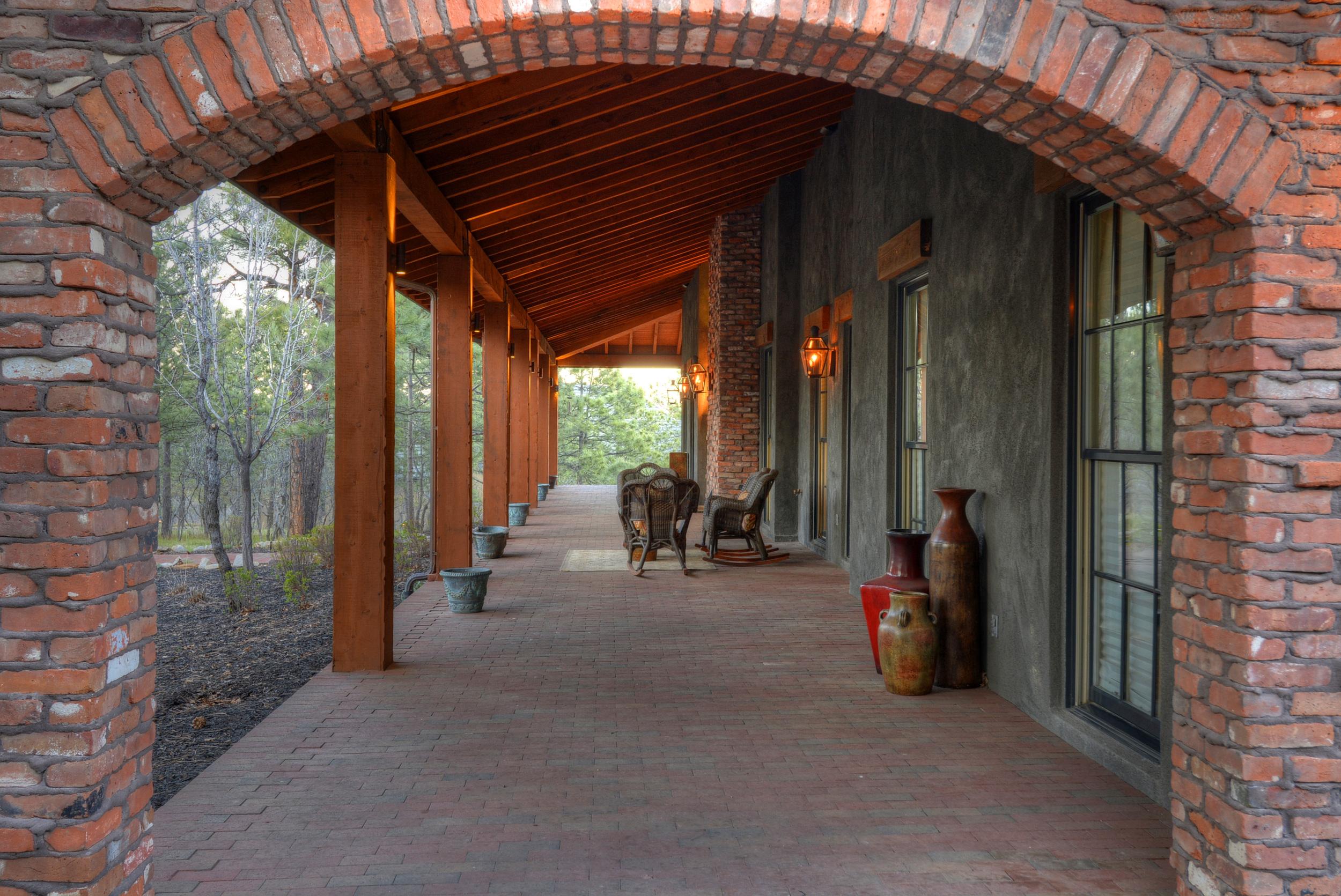 Front Porch Brick Arch.jpg
