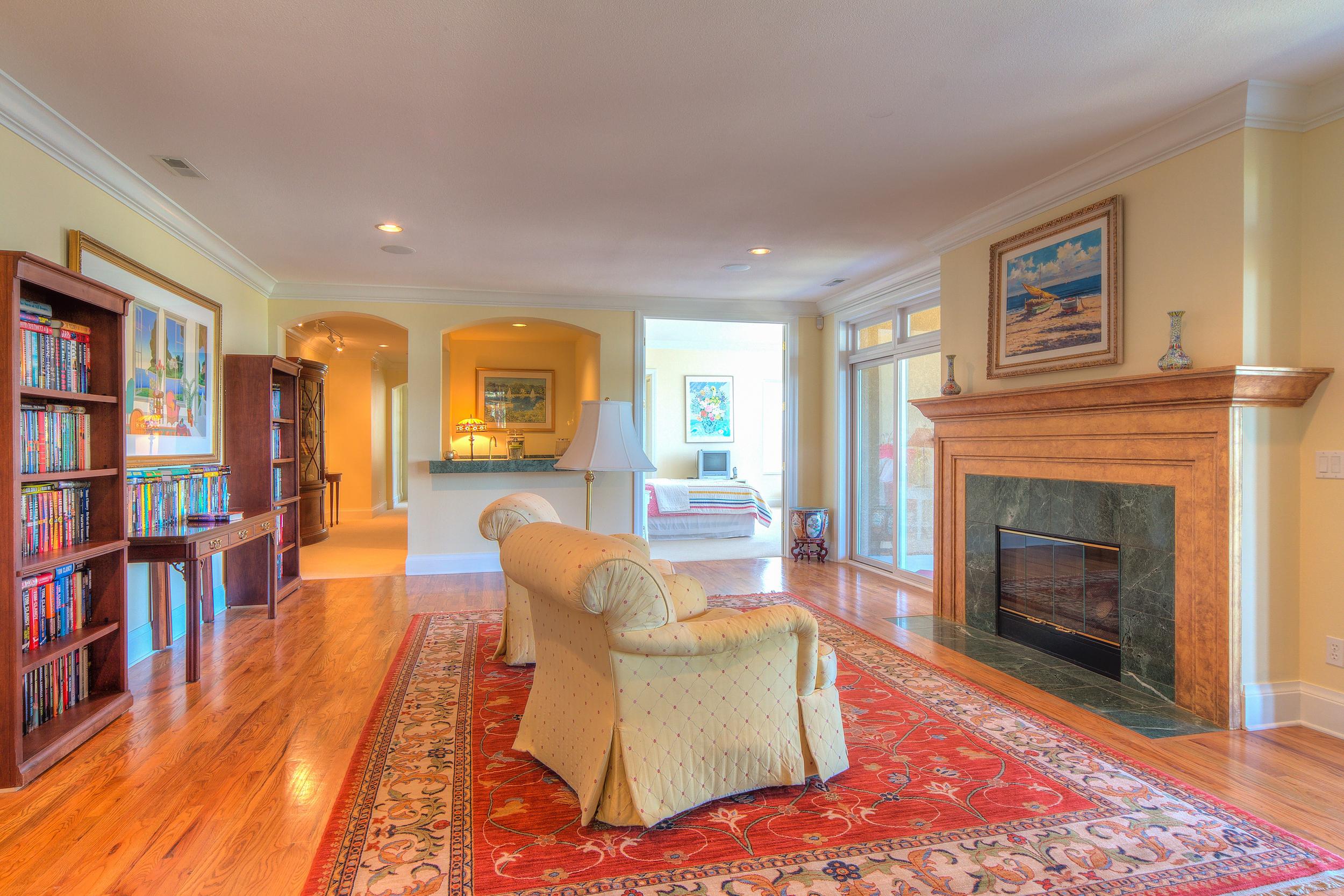 15 - Lower Level Family Room with Wet Bar.jpg