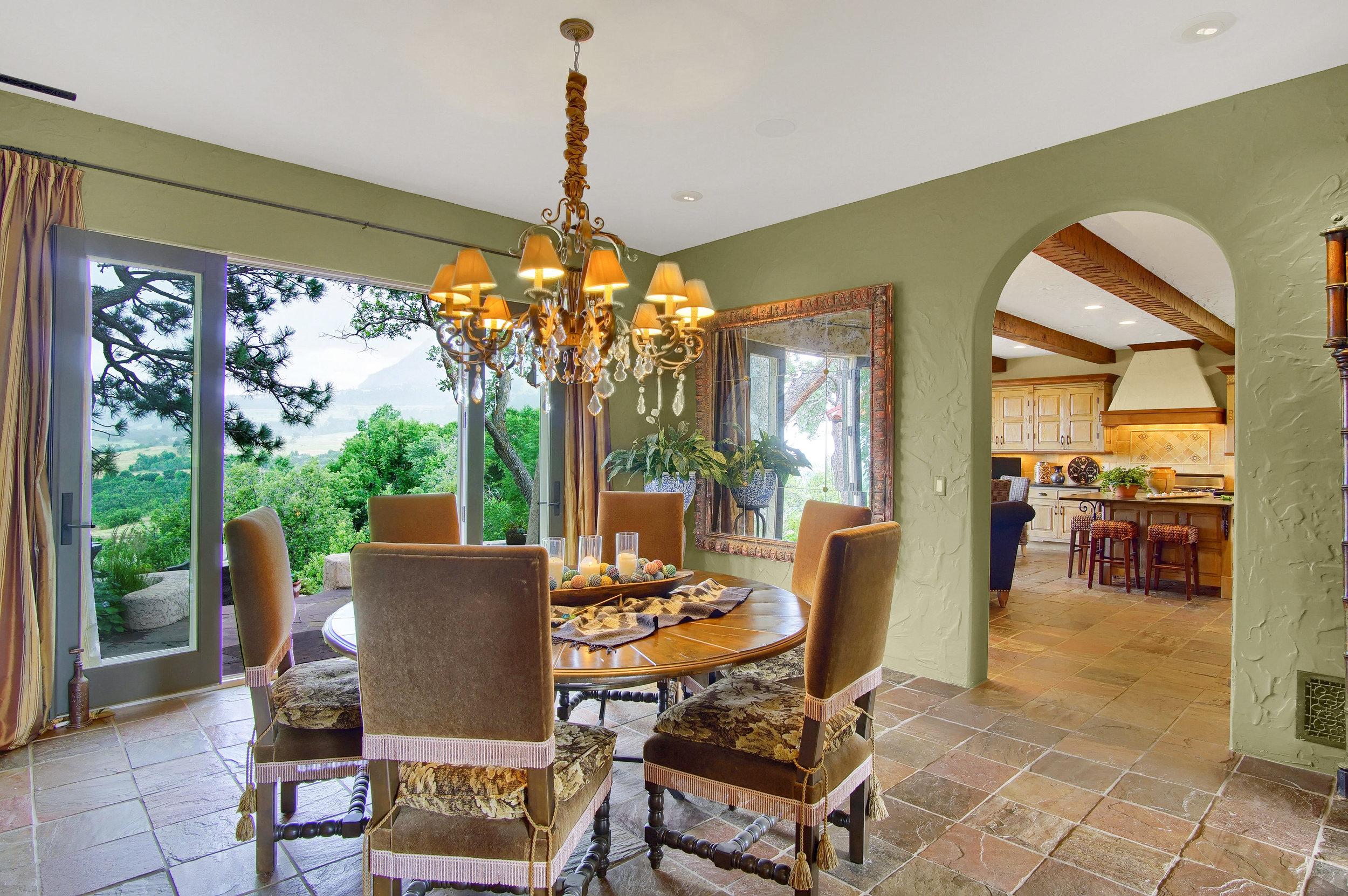 5 - Dining room opens to rear veranda .jpg