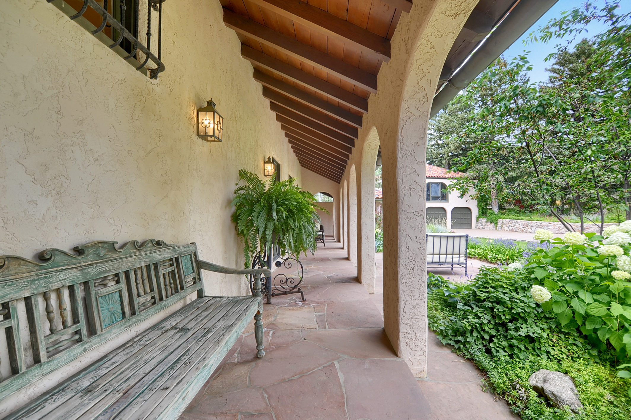 22 - Covered front porch_walkway.jpg