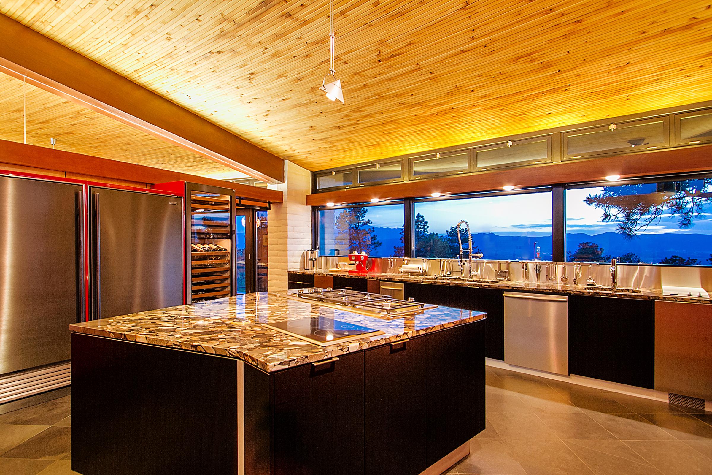 1338968_Kitchen_high.jpg