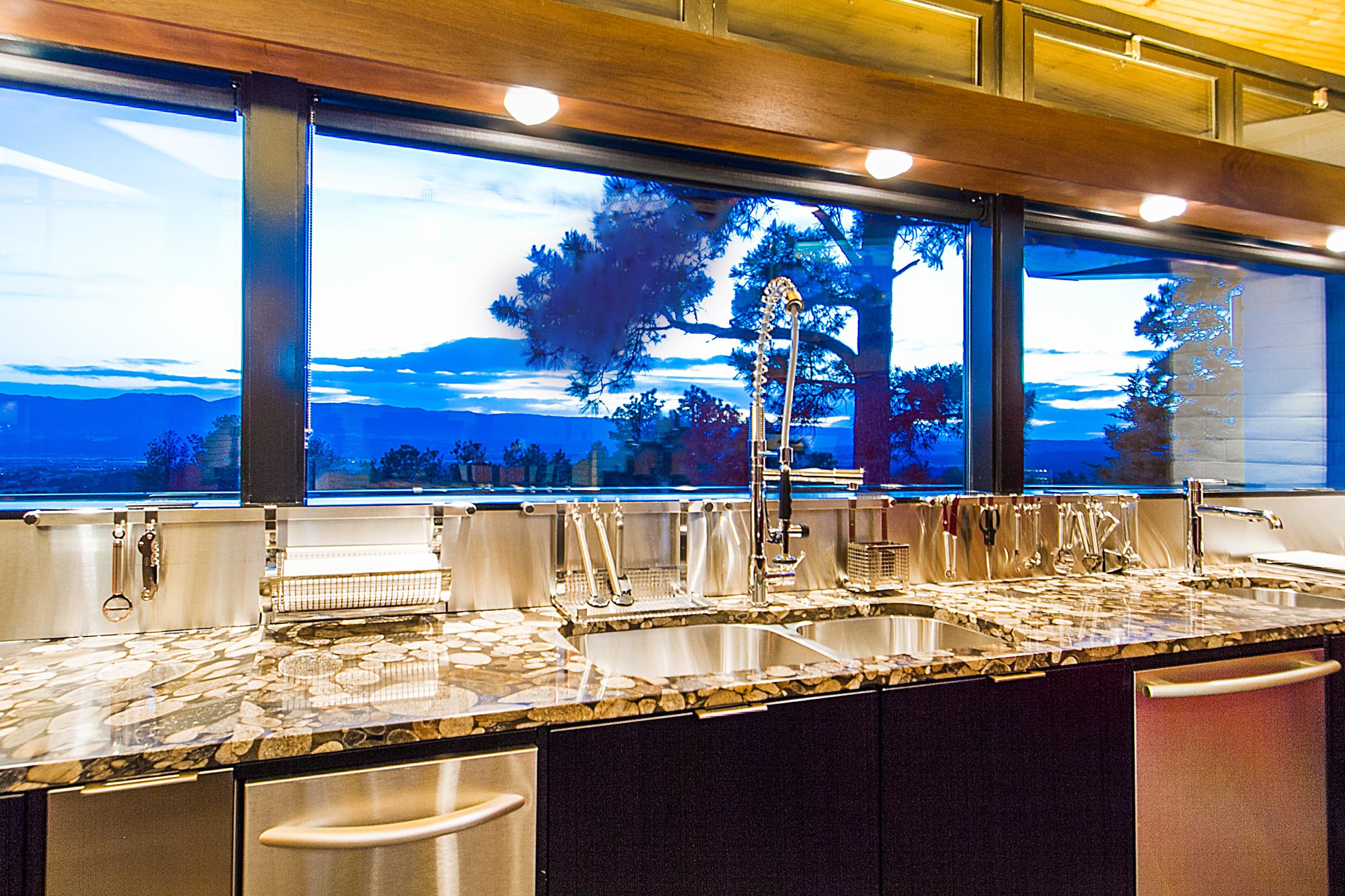 1338970_Kitchen_high.jpg