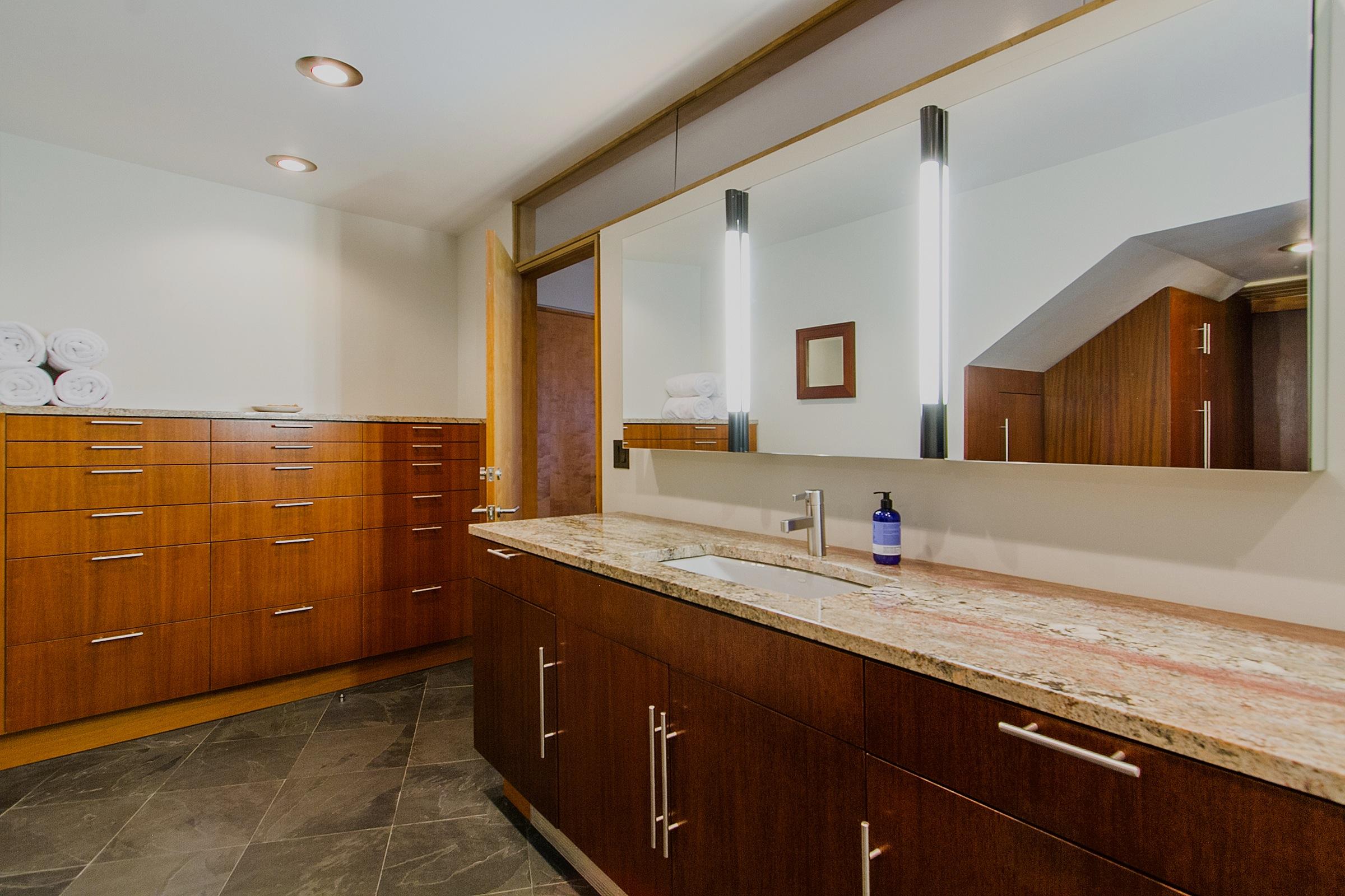 1340127_En-Suite-Bath_high.jpg