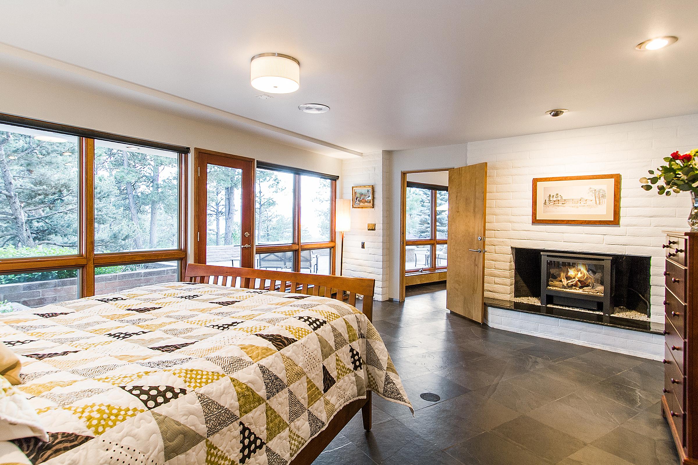 1394650_Bedroom-Two--Lower-En-Suite-Master_high.jpg