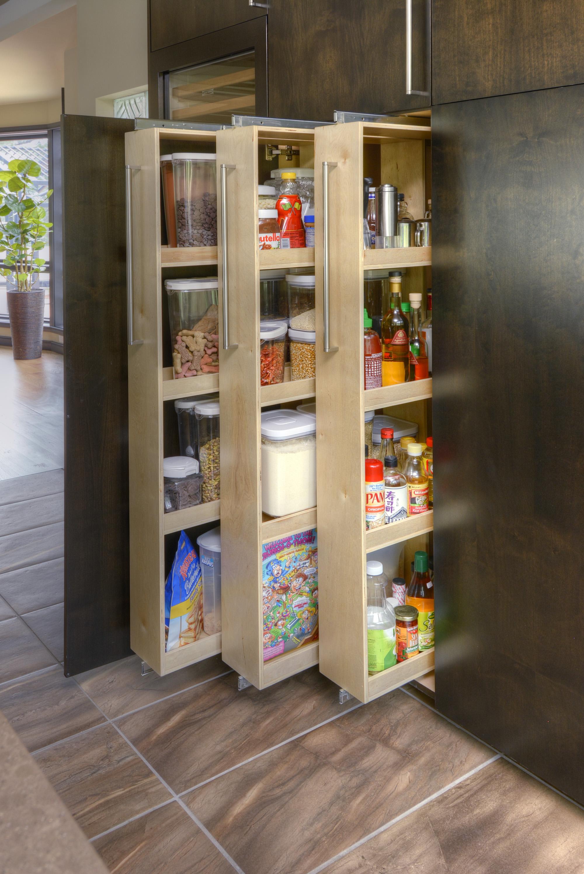 13-Storage Cabinet.jpg