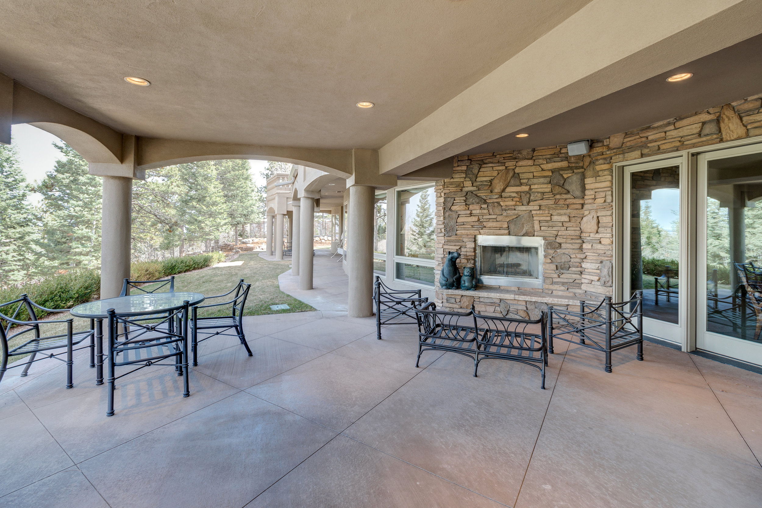 31-Lower level patio with fireplace.jpg