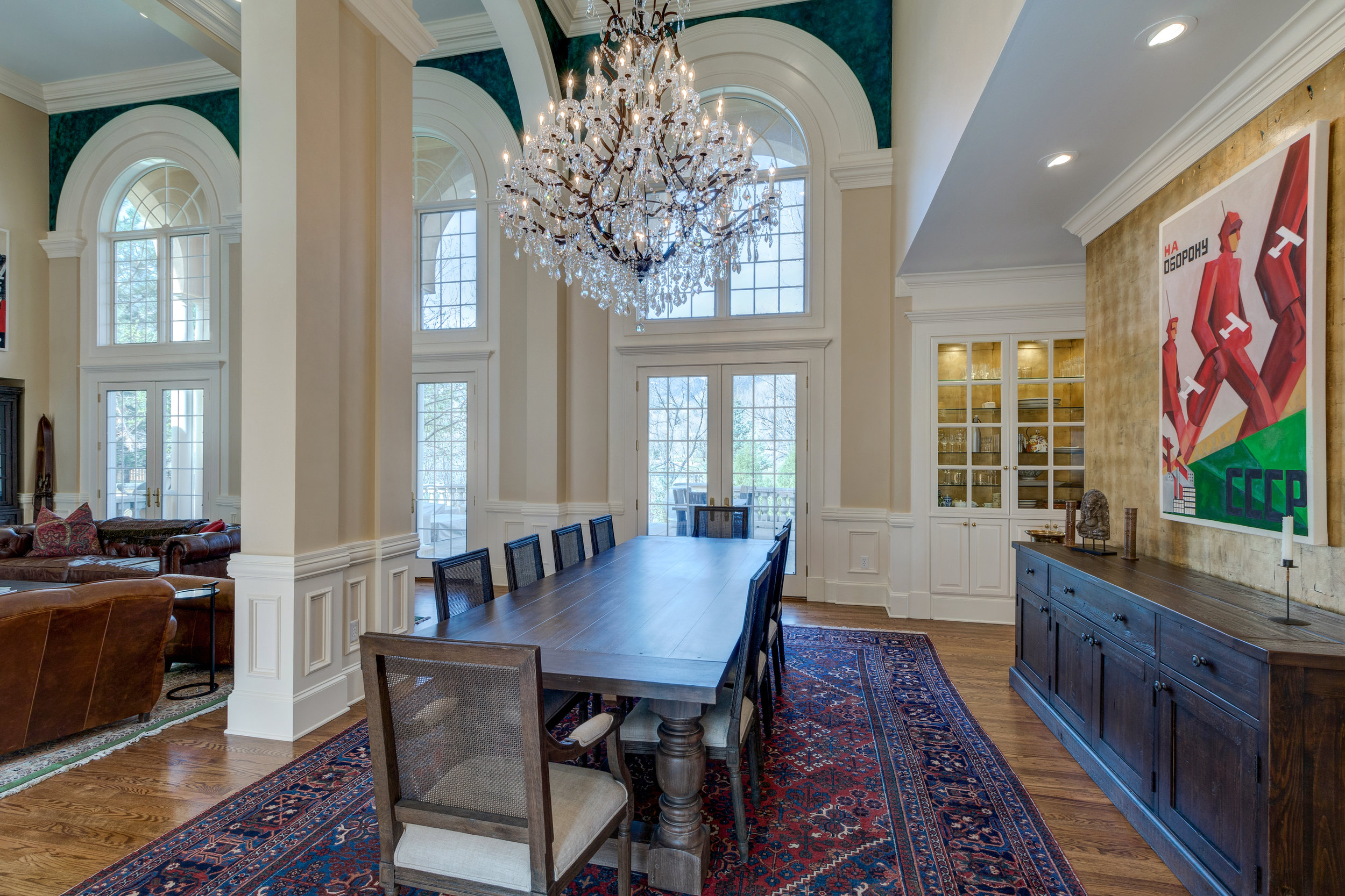 8-Dining room.jpg