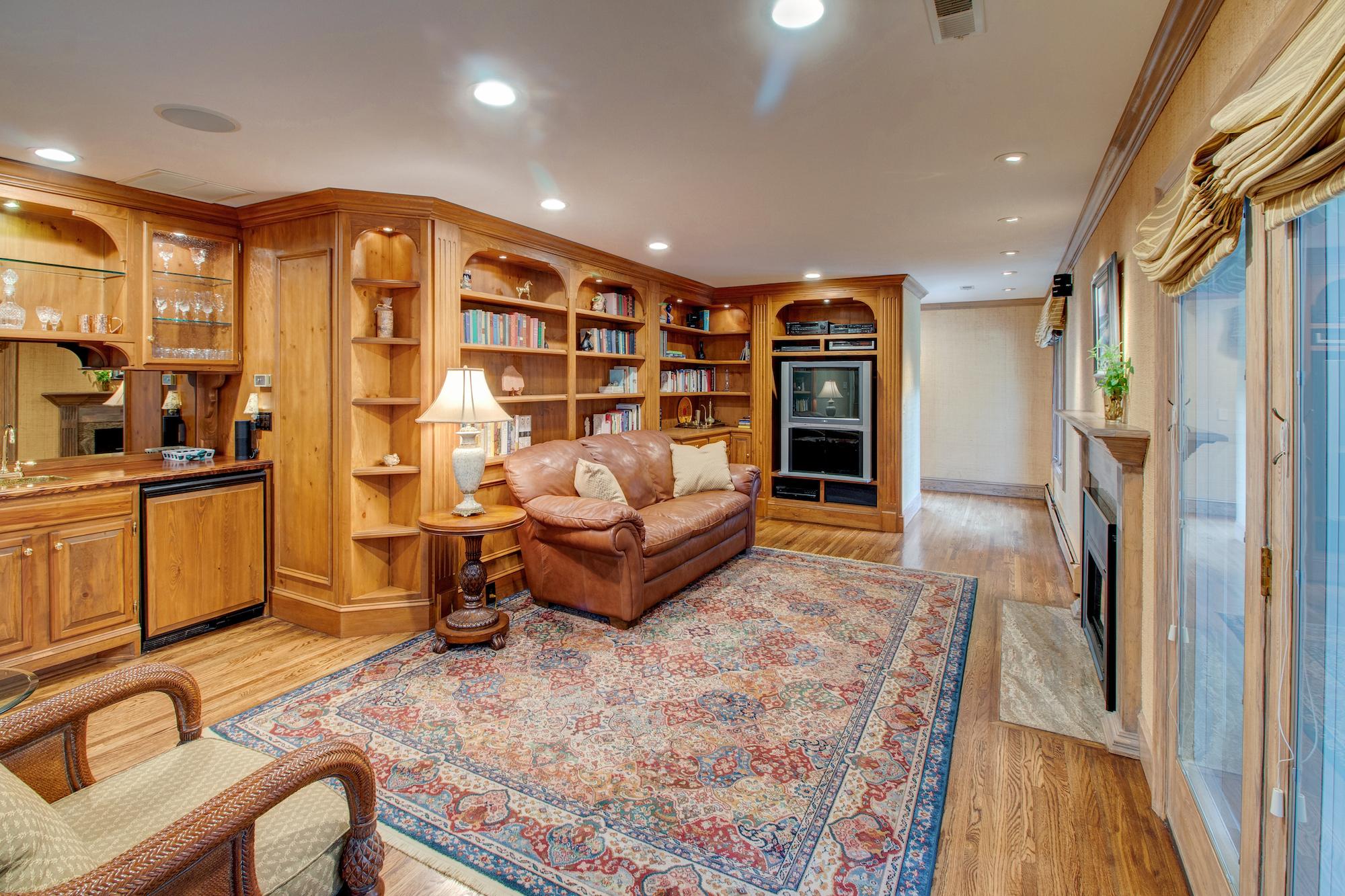 6-Family room off kitchen.jpg