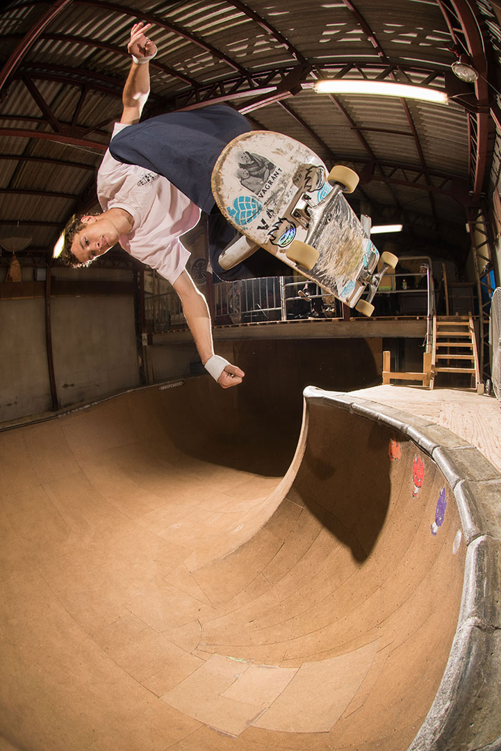 Archer gets aquatinted at the next spot. Backside floater at Backhand skatepark.