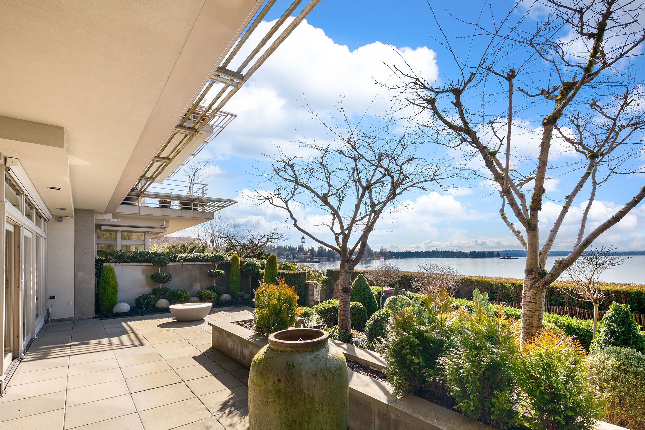 By the Numbers - The average and median waterfront selling prices at Kirkland were $1.64 million and $1.14 million, respectively.
