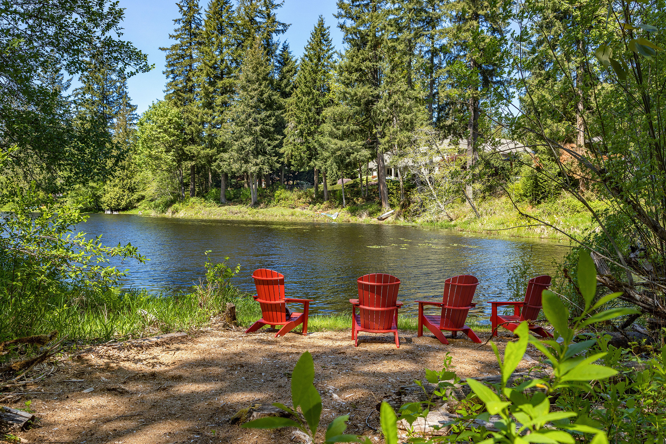 By the Numbers - The 15-month floor price for a residential waterfront home in North King County was $444,000, while the average price paid was $1.04 million.