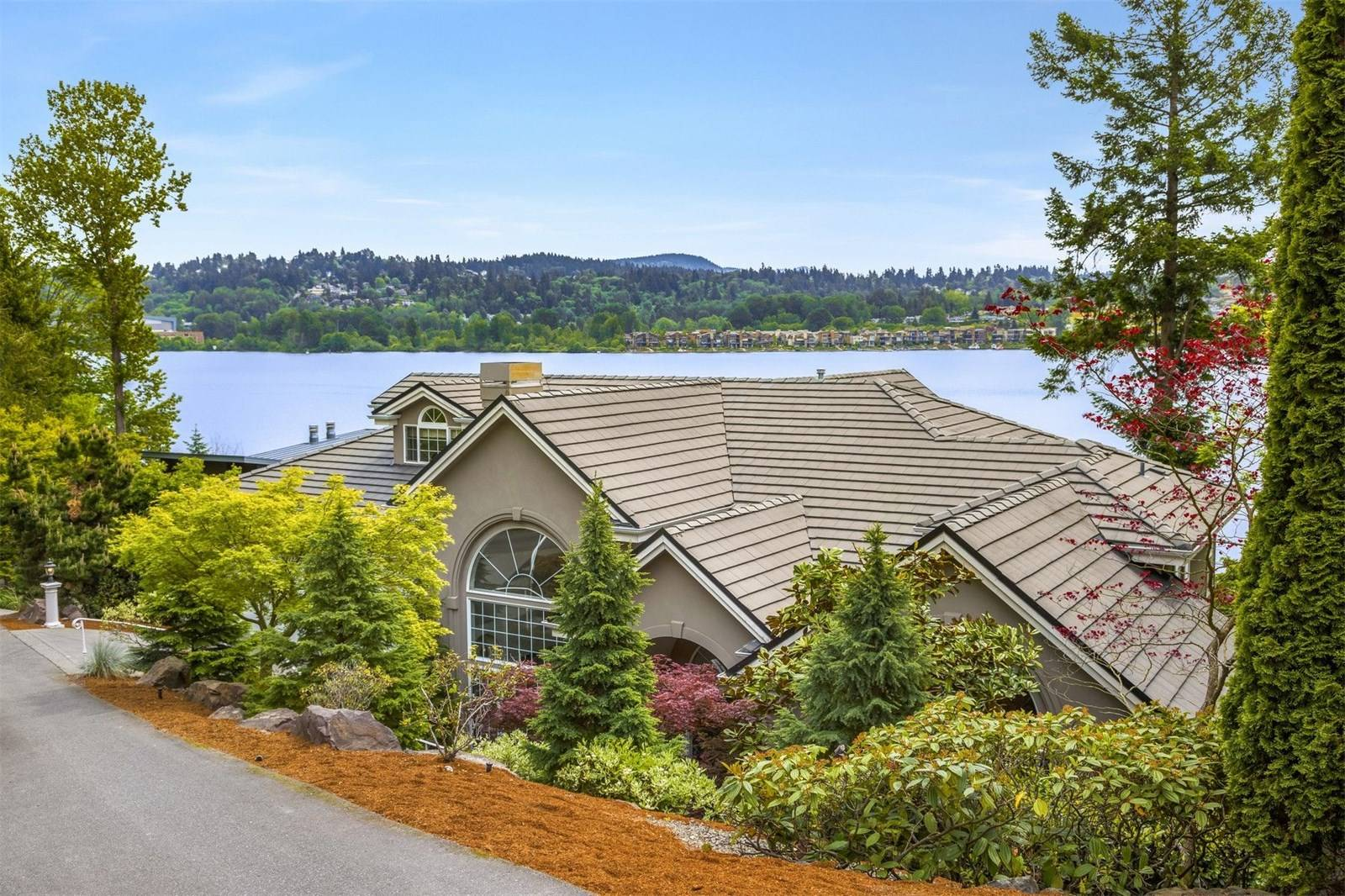 7908 E Mercer Way, Mercer Island