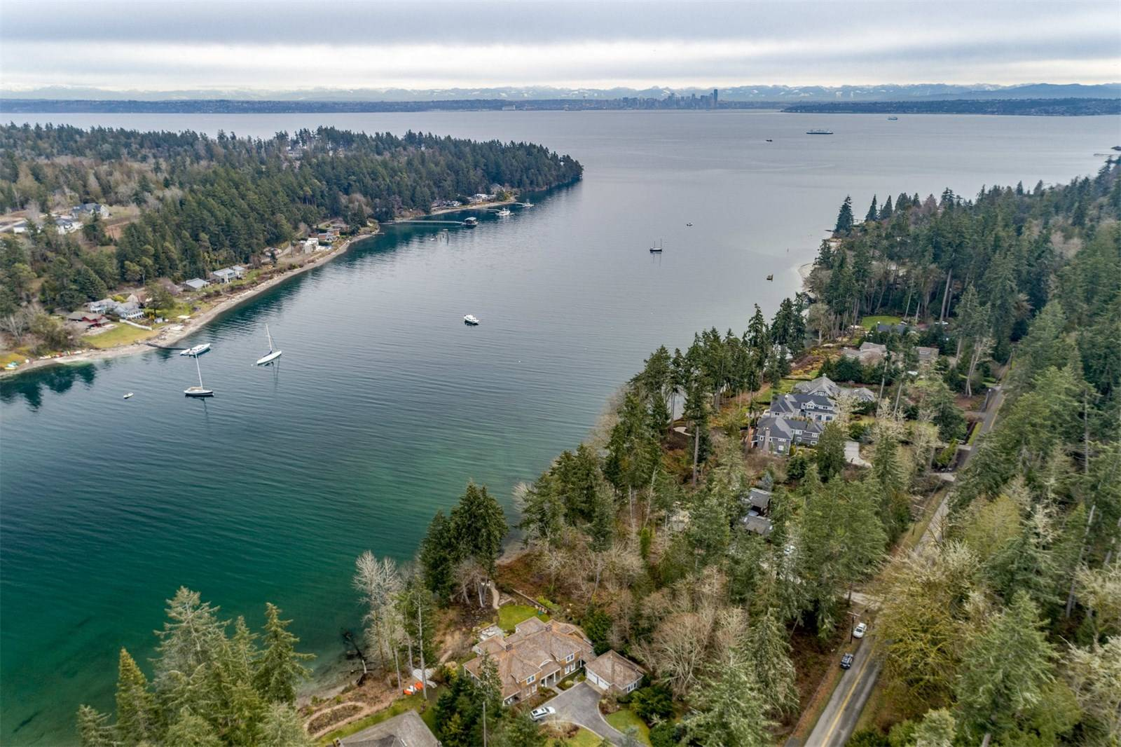 10350 Northeast Country Club Road, Bainbridge Island