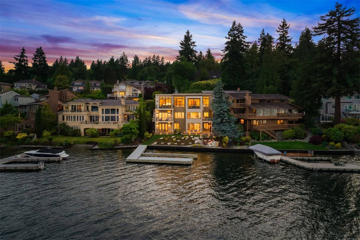 6922 96th Avenue SE, Mercer Island