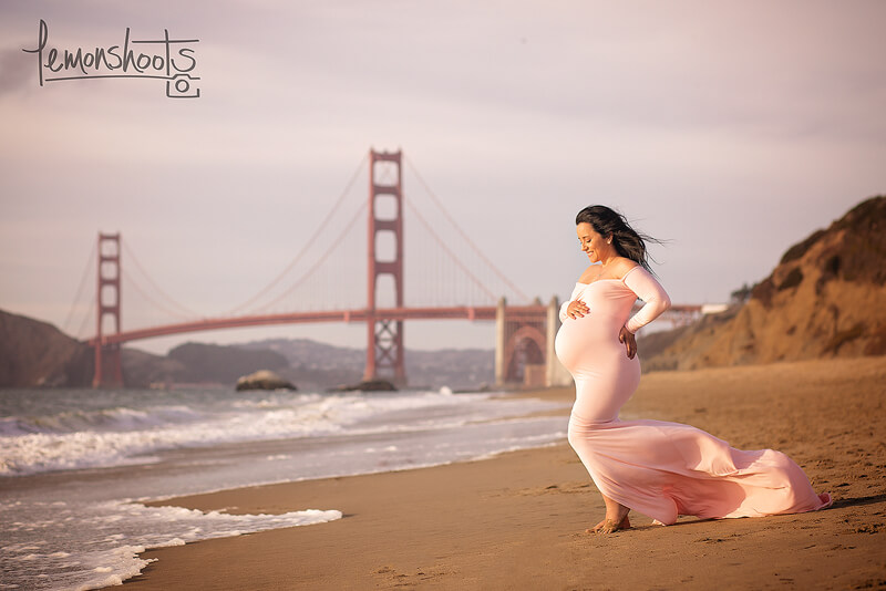 Maternity Baker Beach.jpg