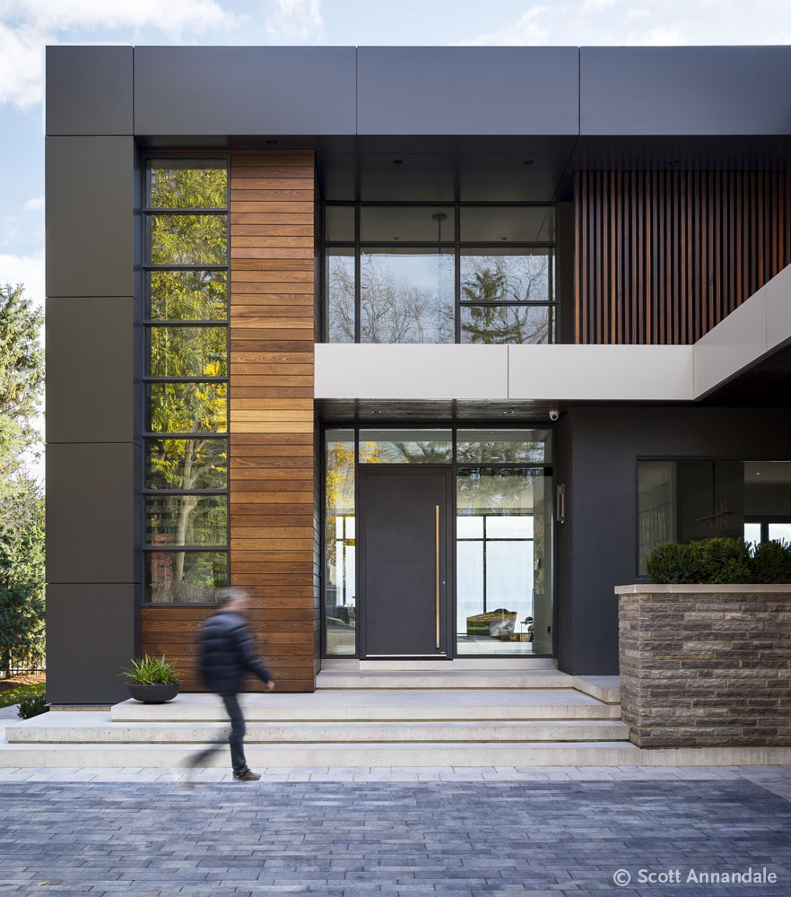 City Lakeside Modern