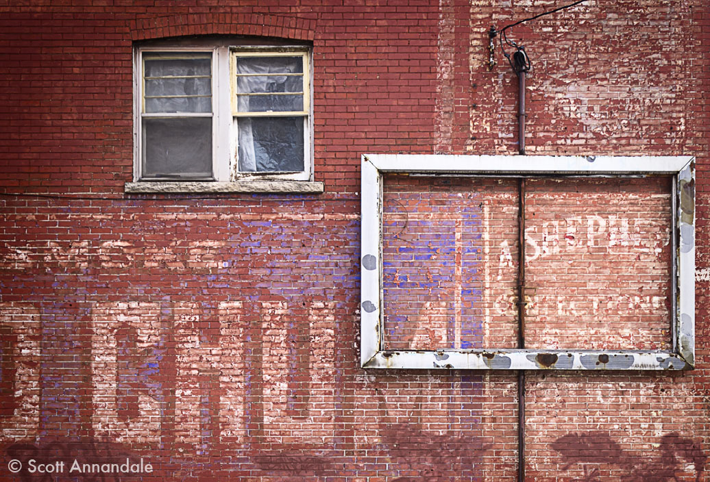 Old Chum Ghost Sign