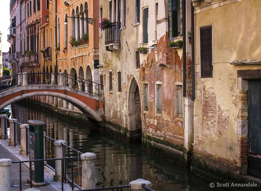 Ponte Ubaldo Belli, Venice