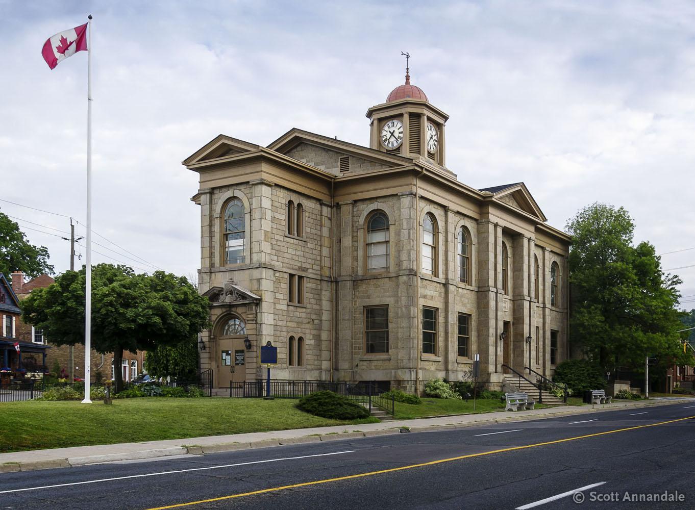 Dundas Town Hall