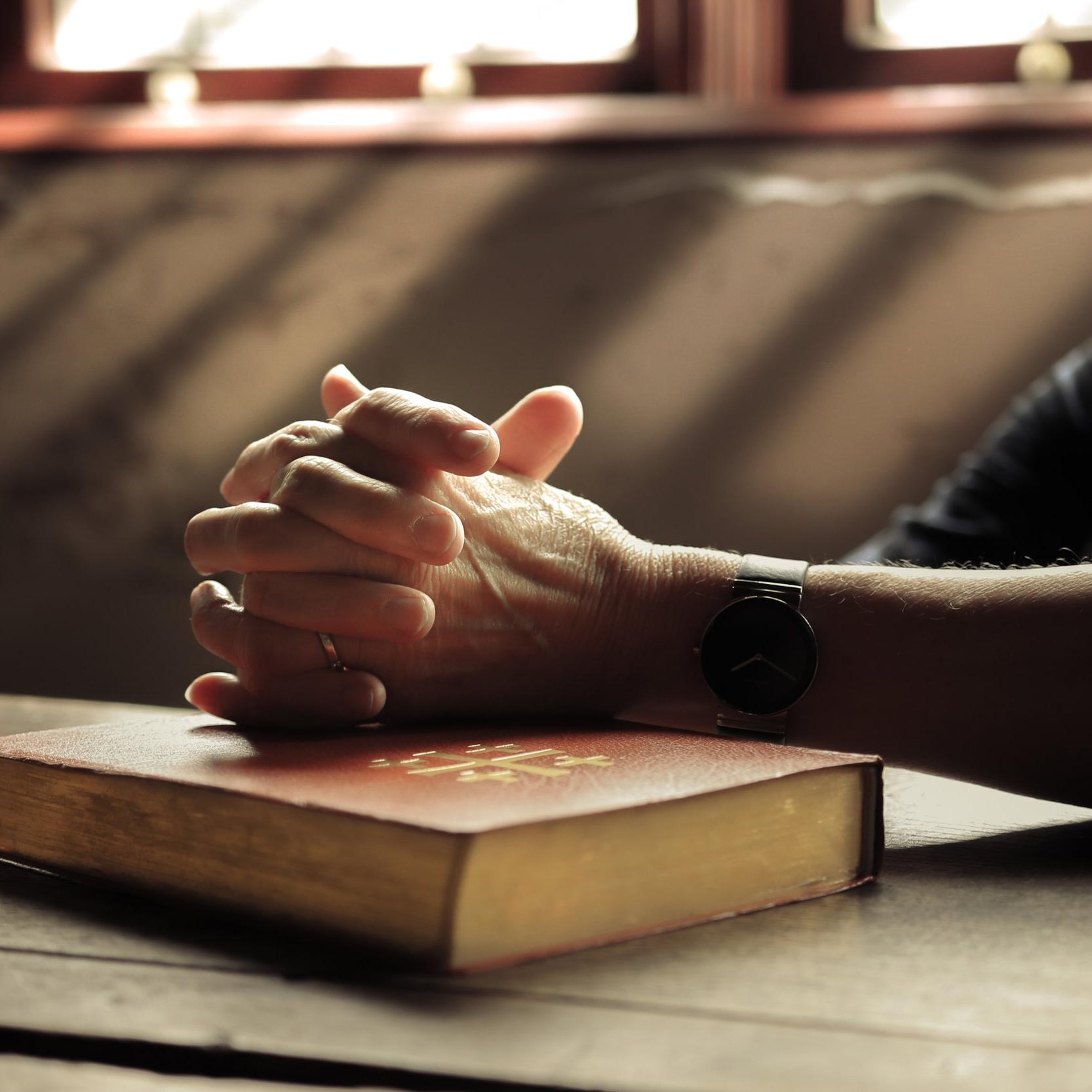 prayer_bible.jpg
