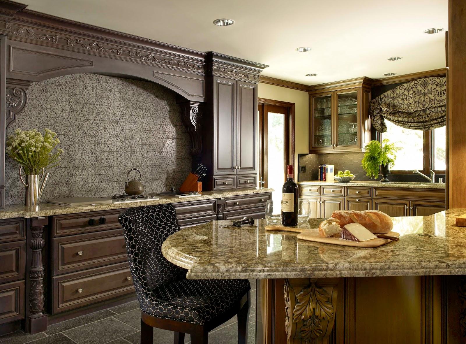 luxury.traditional.kitchen.design