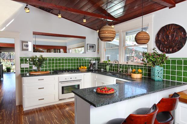 modern.craftsman.kitchen.green.design