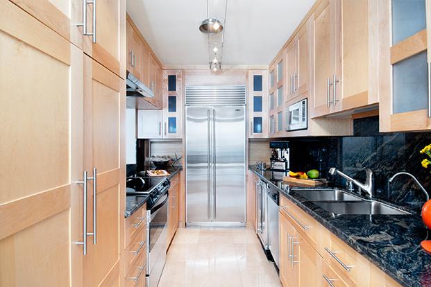 blonde.wood.kitchen.design.sleek