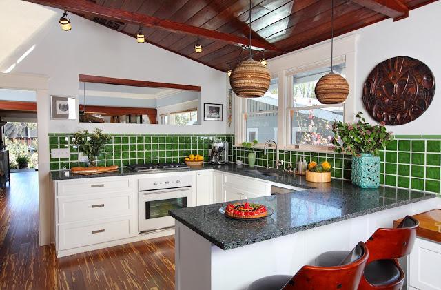 recycled.green.heineken.kitchen