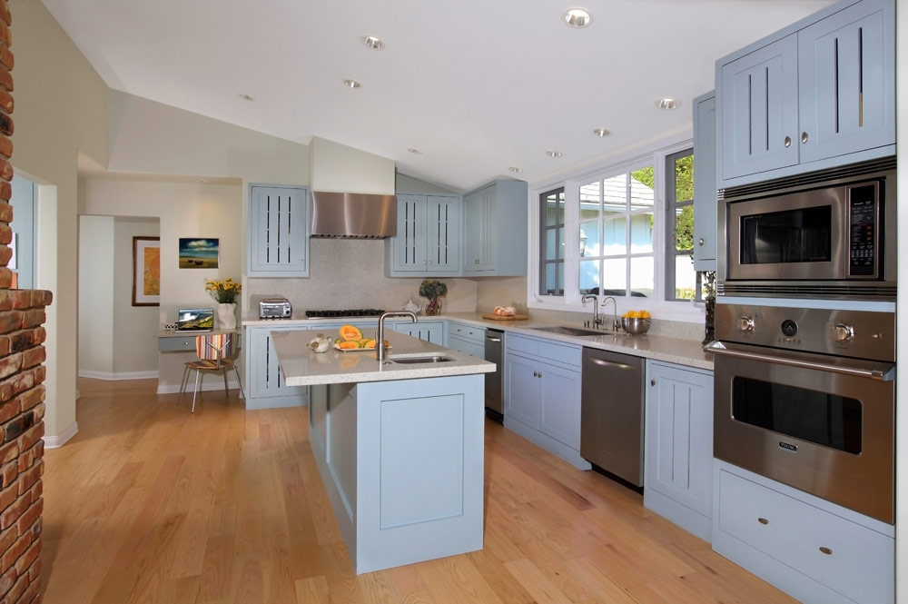 blue.country.kitchen.natural.design