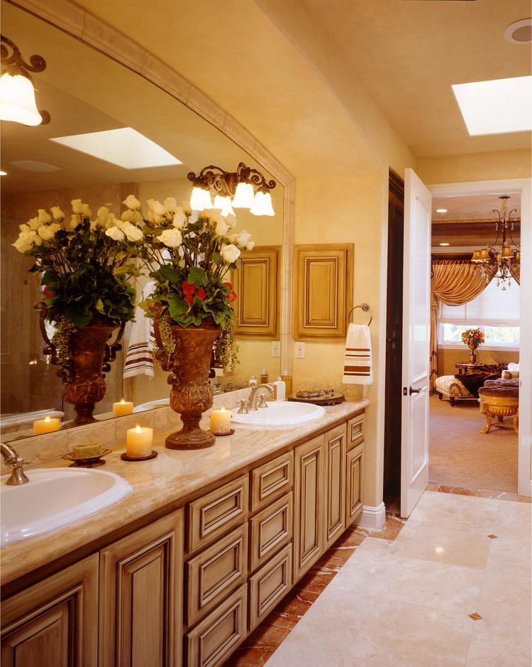 traditional.luxury.design.bathroom