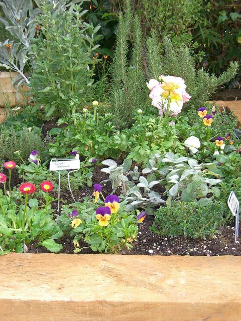 garden.green.floral