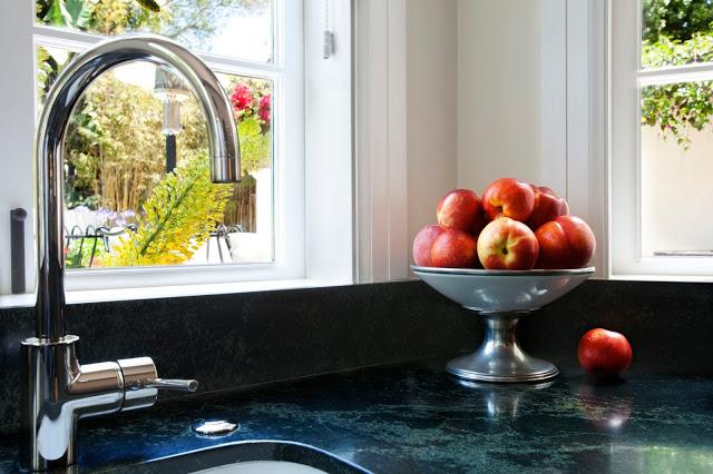 color.apple.kitchen.remodel
