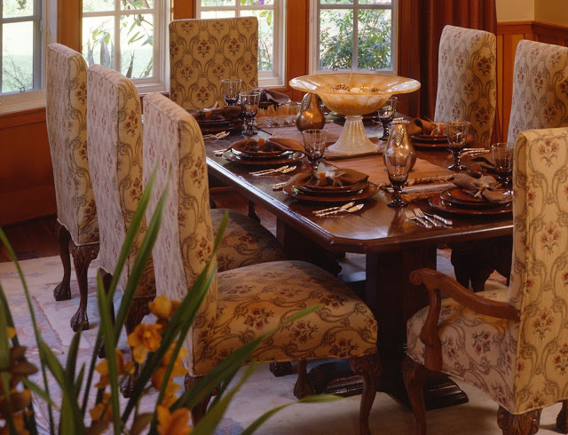 traditional.remodel.diningroom.upholstery.fabric.floral
