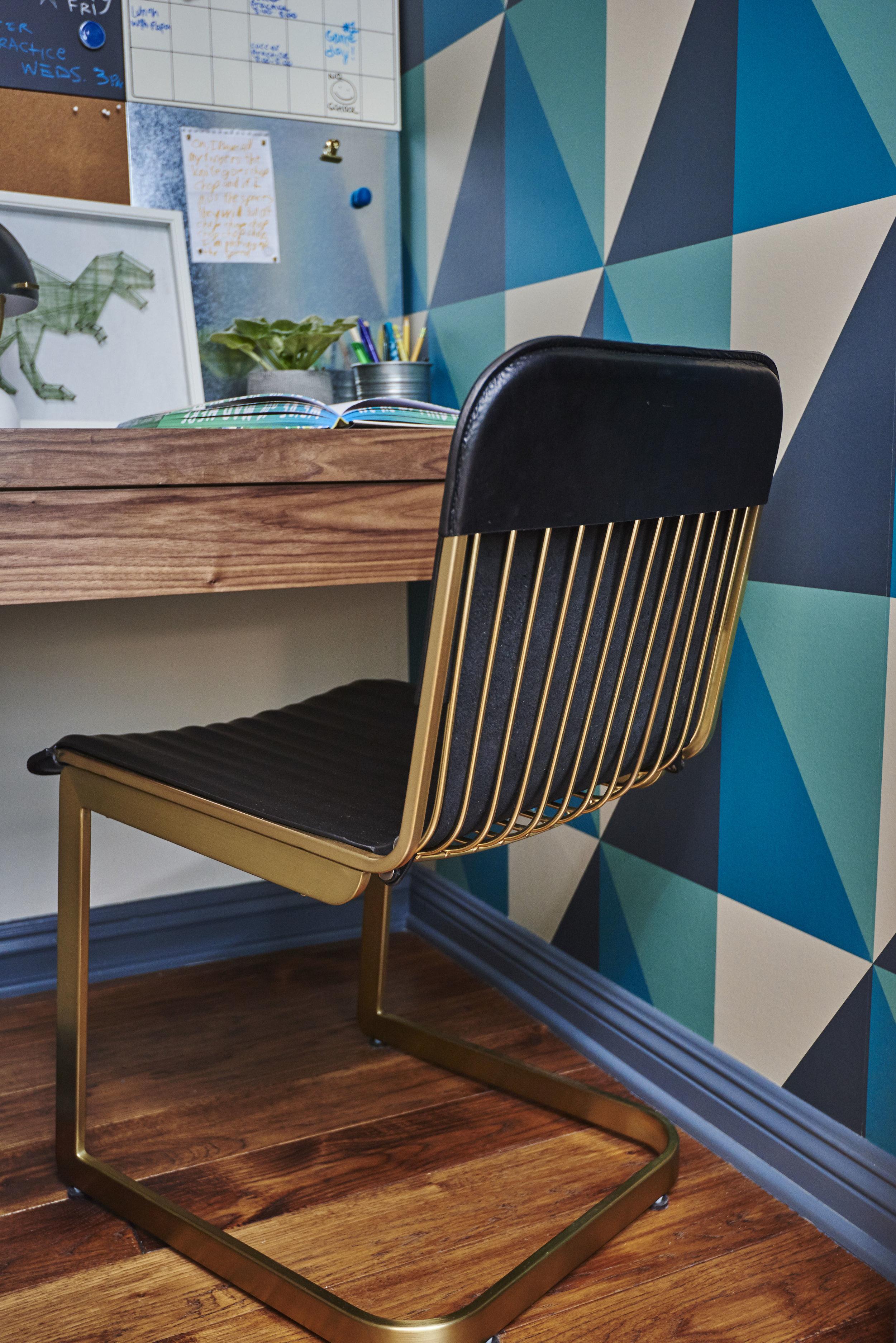 Sarah.barnard.design.modern.boy.bedroom.chair.desk.jpg