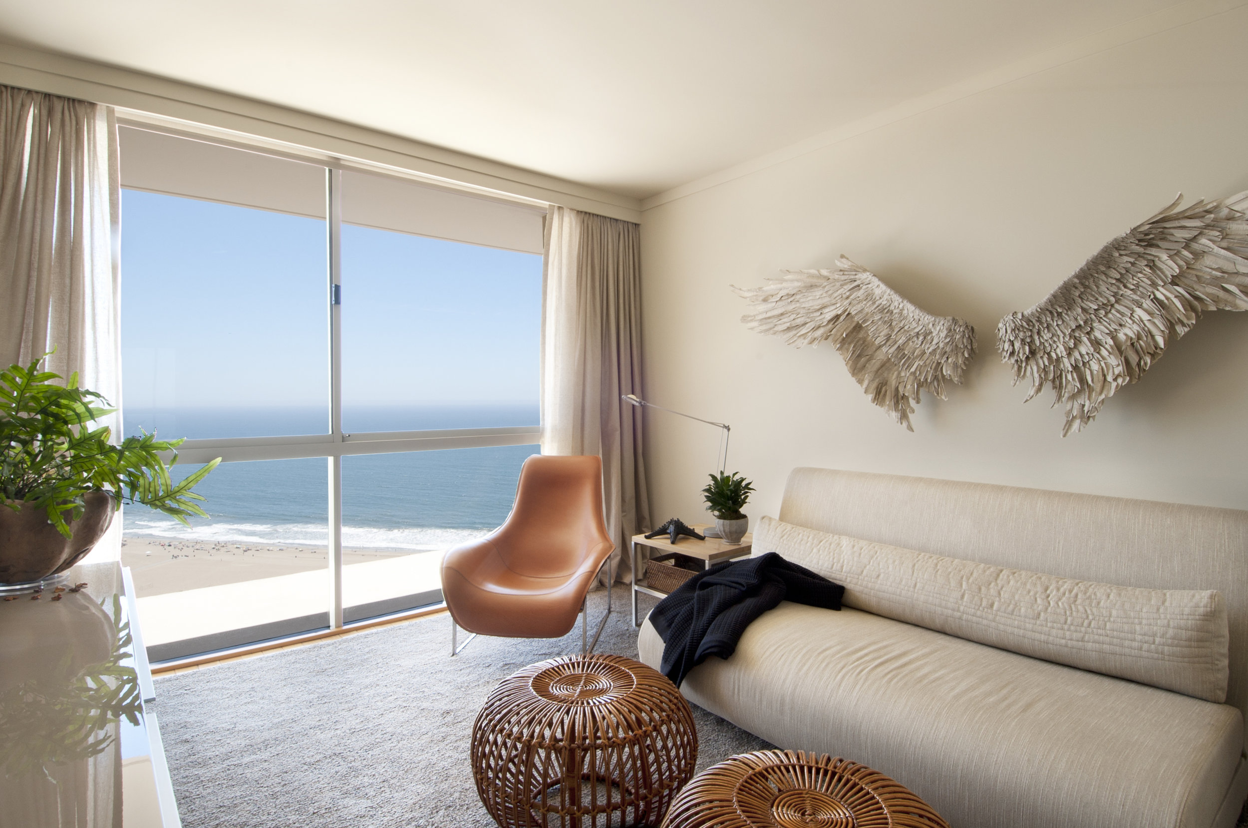Sarah-barnard-design-modern-luxury-ocean-view-guest-bedroom.jpg