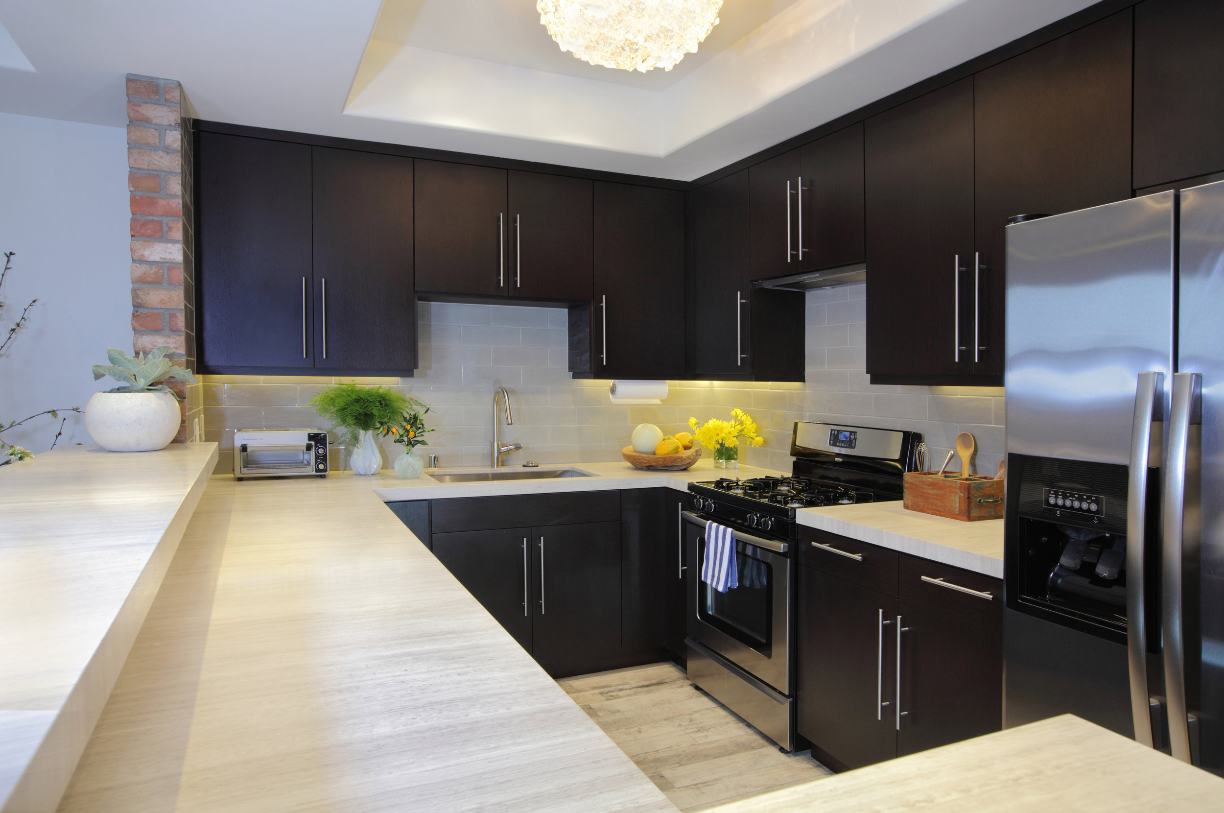 Sarah-barnard-design-modern-luxury-kitchen.jpg