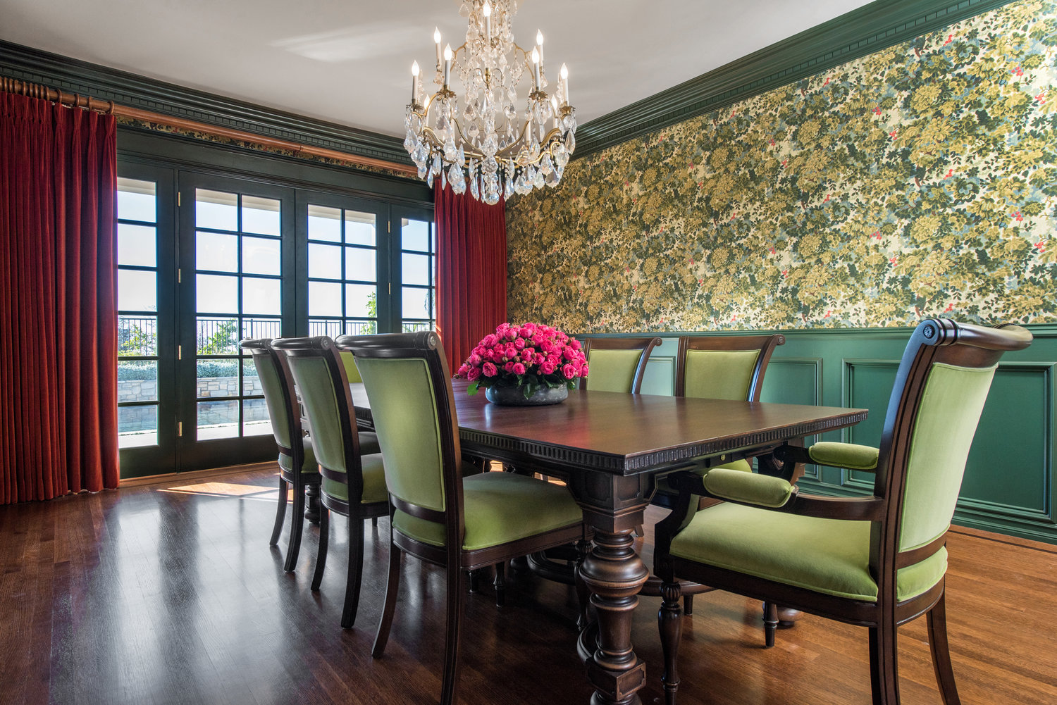 sarah-barnard-design-traditional-luxury-pacific-palisades-estate-dining-room19.jpg