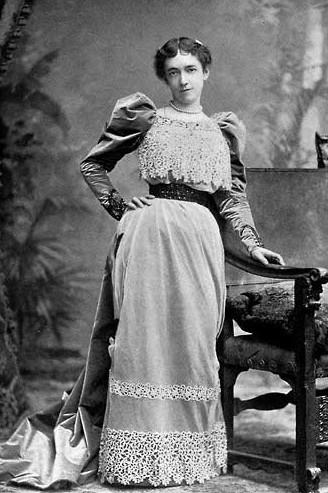 Elsie de Wolfe, c. 1880.  By  Unknown .  Public Domain .