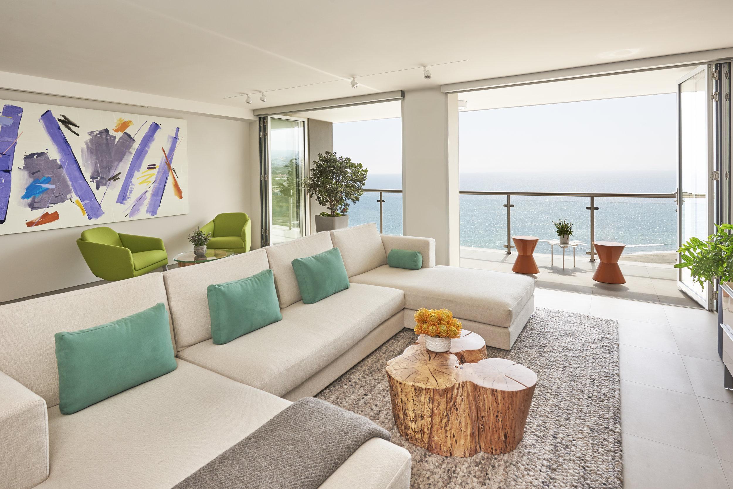 Interior Design: Sarah Barnard, Artwork: Milly Ristvedt, Renae Barnard, Abby Sin, Photos: Steven Dewall