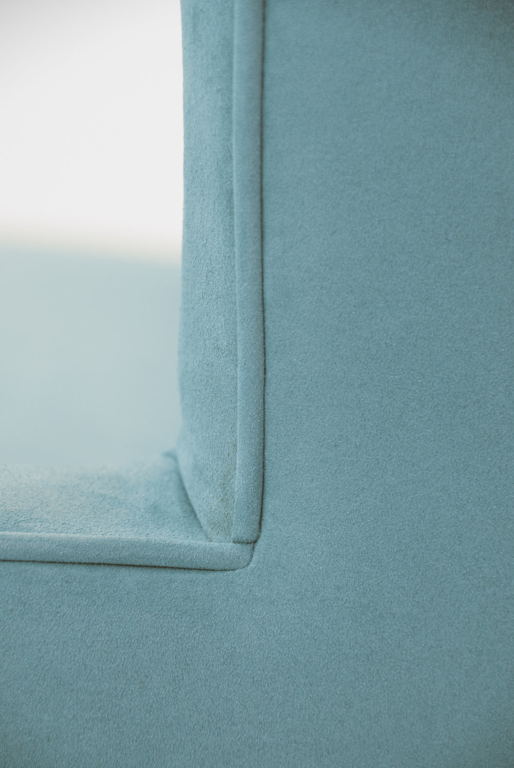 stevie-blue-detail-3.jpg
